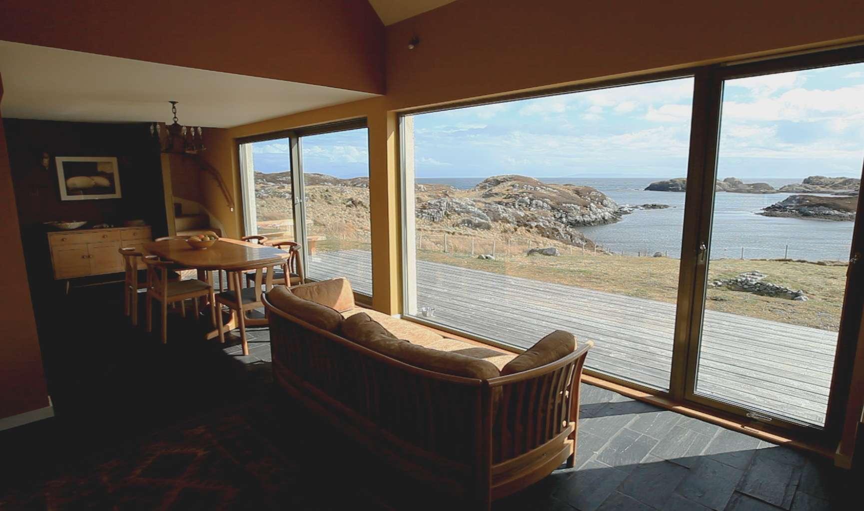 Mol Ban Lounge View
